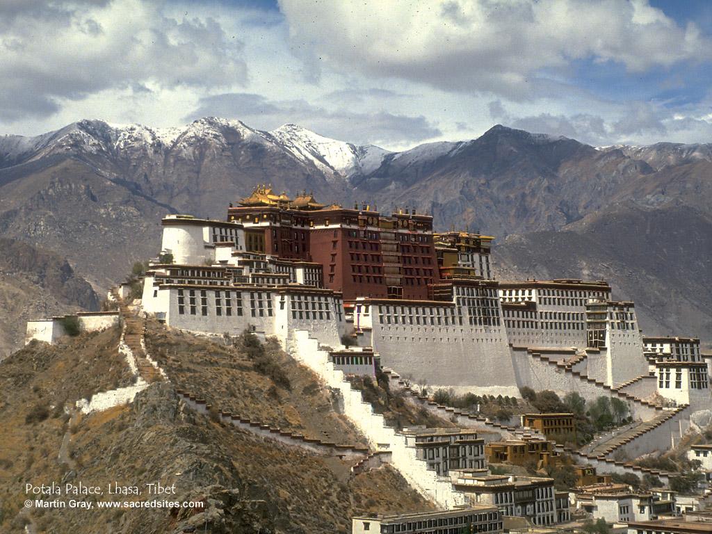 the potala palace, lhasa, tibet :: martin gray :: digital desktop